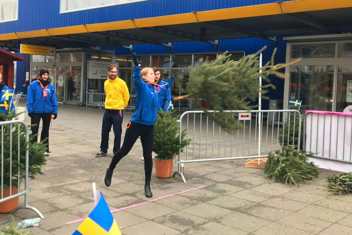 Christbaum Weitwurf IKEA